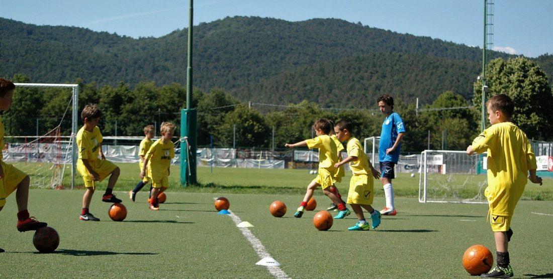 NOGOMETNA ŠOLA-SCUOLA CALCIO: Prvi trening-Primi allenamenti